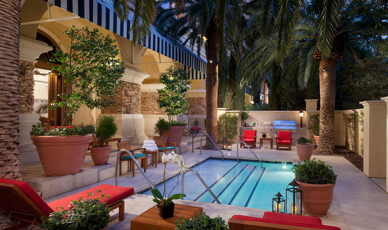2 Bedroom Private Pool Suites In Las Vegas Gvr Villa Suite