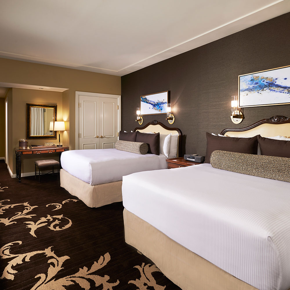 casino tower queen room with two queen beds